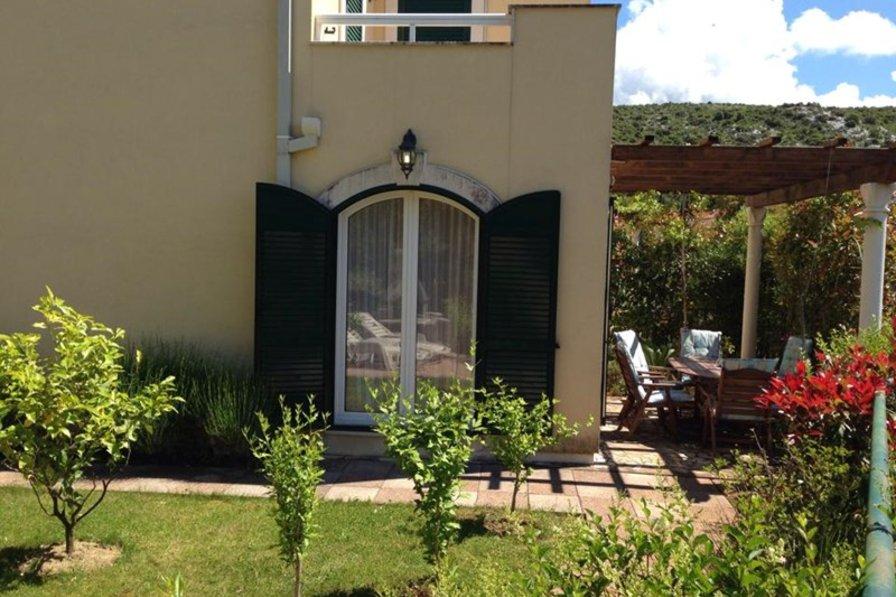Villa in Croatia, Slano: Villa Arann - Garden & Front Terrace