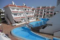Las Floritas apartment in central Playa de las Americas