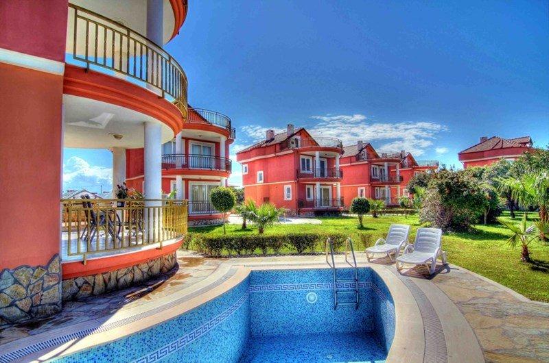 Villa in Turkey, Alanya: Your luxury Beach Villa, Alanya, Turkey.