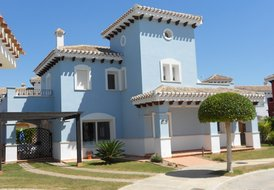 Ombu Four (Villa Raytra)
