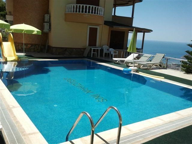 Villa in Turkey, Alanya: A pool with a view......Sea View Villa, Alanya, Turkey.