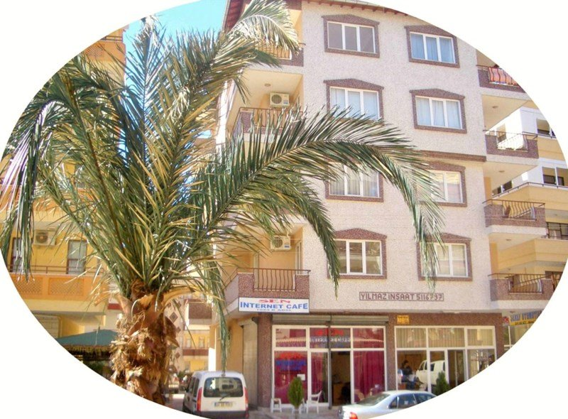 Apartment in Turkey, Alanya: Your apartment awaits at Cleopatra Apartments, Alanya, Turkey.