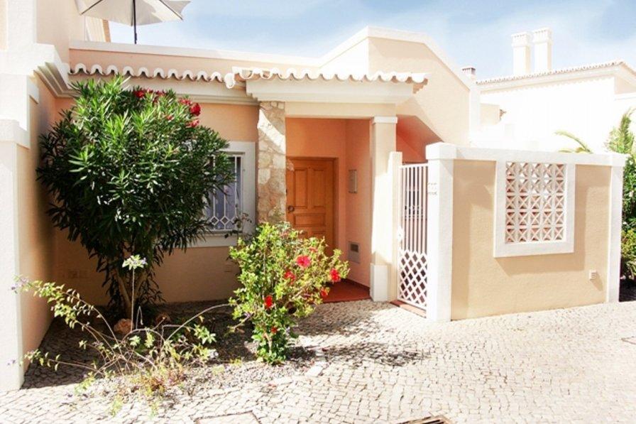 House in Portugal, Vale Milho