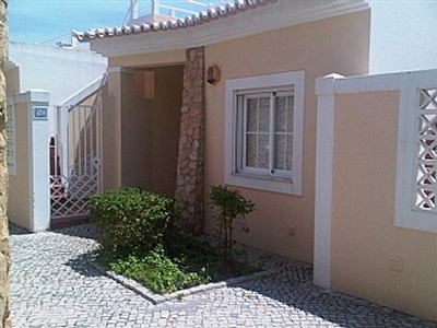 House in Portugal, Carvoeiro: The front of the house