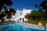 Villa in Greece, Naoussa/Paros: Pool & house