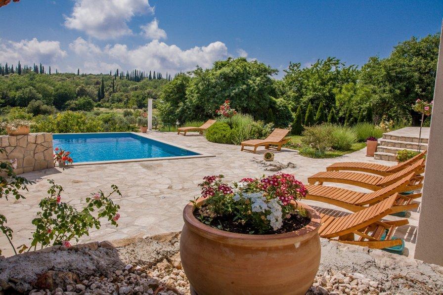 Villa in Croatia, Močići