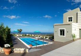 New Villa Horizon in Crete has Breathtaking Panoramic Sea Views