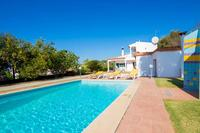 Villa in Portugal, Vale de Judeau: Welcome to the relaxing all day sunshine of Villa Oliandra.