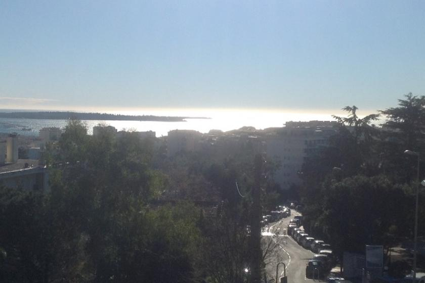 Owners abroad Stylish Cannes Apartment in a quite residential area