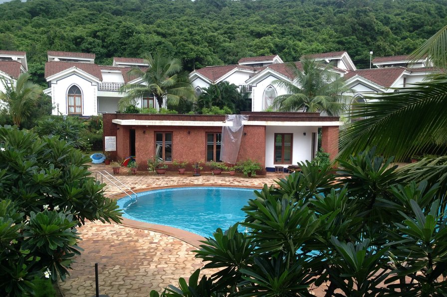 Owners abroad Fully Furnished Apartment near Baga/Anjuna/Arpora Riviera Foothil