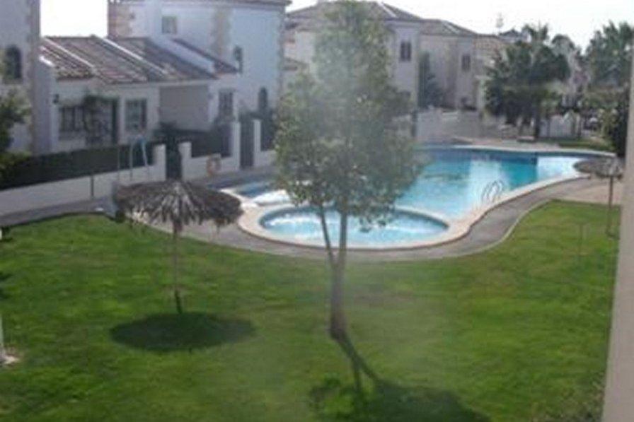 Owners abroad Villamartin 2 bed luxury apt in Las Violetas
