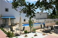 Villa in Spain, Blue Lagoon: Beautiful Villa with  big pool, garden and places in the sun+shadow