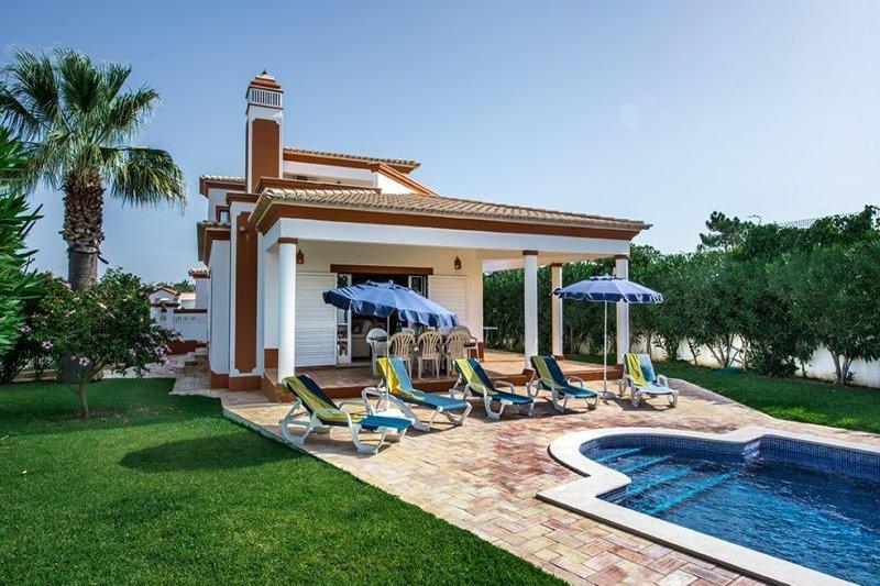 Villa in Portugal, Gale