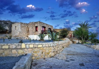 4 bedroom Villa for rent in Sea Caves