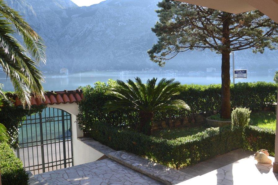 Apartment in Montenegro, Muo