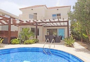4 bedroom Villa for rent in Cape Greco