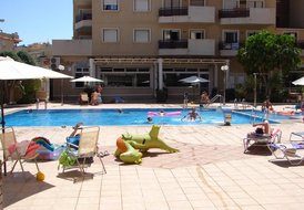 Costa Blanca South - 2 Bed Apartment, Cabo Roig Strip, Cabo Roig