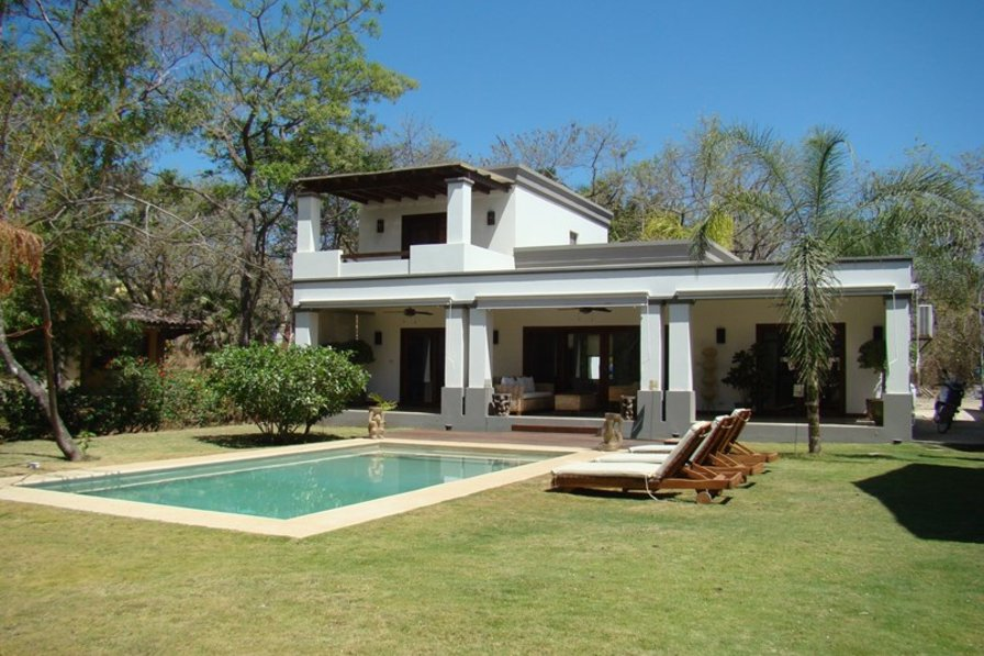 Villa to rent in tamarindo costa rica with private pool for Rent a villa in costa rica