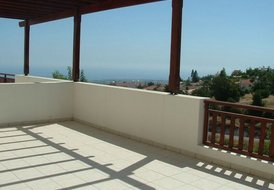 One bedroom apartment in Peyia with amazing sea views.
