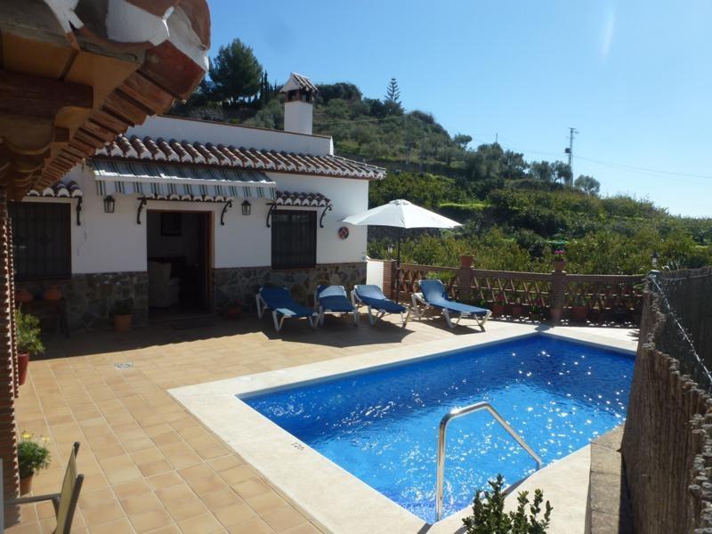 Villa in Spain, Nerja: villa and pool