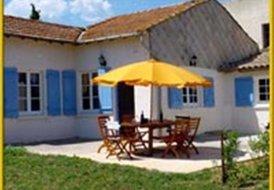 Villa Cabernet, 3 bedrooms, 2 shared pools