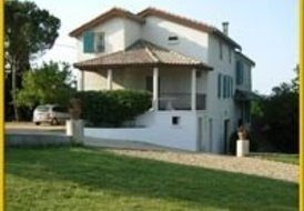 Villa Sauvignon, 4 bedrooms, shared swimming pool