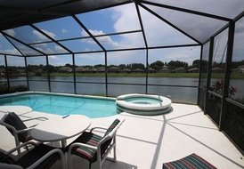 House in Sunset Lakes, Florida: Your private paradise, spectacular lake view from the pool