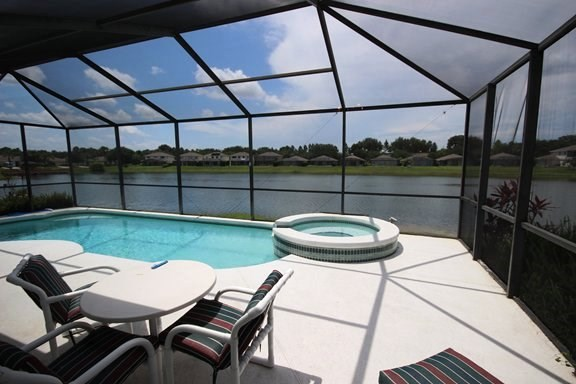 House in USA, Sunset Lakes: Your private paradise, spectacular lake view from the pool