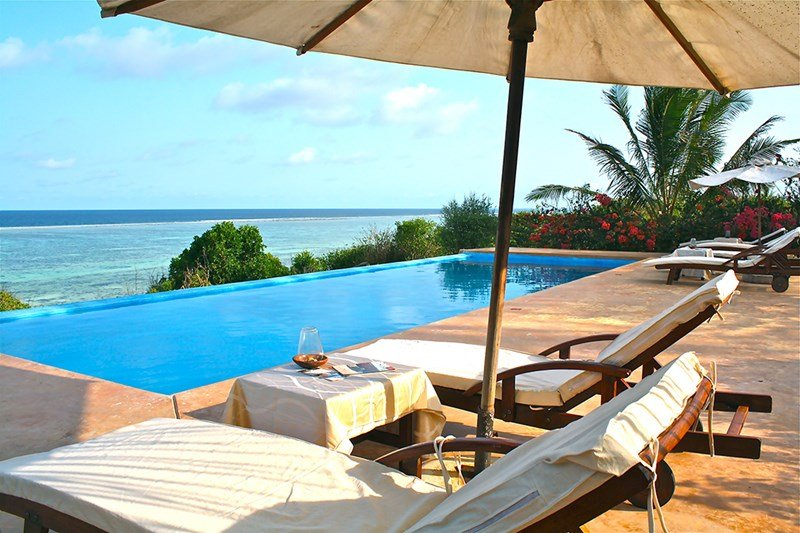 VILLA PARADISE ZANZIBAR 4 Bedrooms,4 Bathrooms, Pool, Ocean front