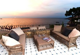 VILLA ZAFFIRO an endless emotion on the sea