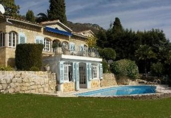 4 bedroom Villa for rent in Grasse