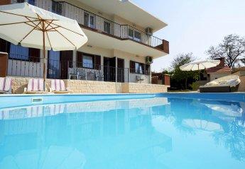 4 bedroom Villa for rent in Split