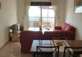 Two bedroom first floor furnished apartment in Peyia