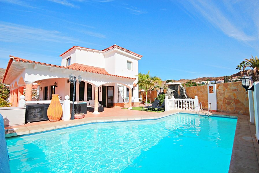Owners abroad Amazing Villa with Private pool and 5 bedrooms