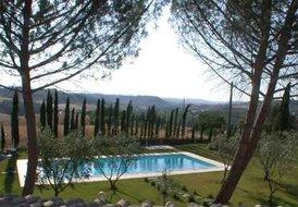 Santa Margherita (Sleeps 4) Poggibonsi, Siena, Tuscany with pool