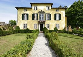 Villa Giustiniani with pool in Lucca Tuscany
