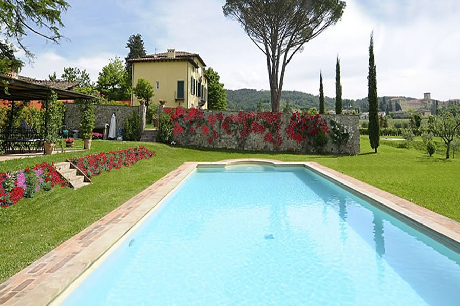 Owners abroad Villa Giustiniani with pool in Lucca Tuscany