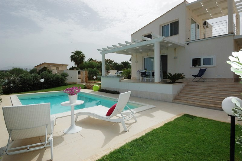 Alcamo Italy  City new picture : ... villa with 3 bedrooms, 2 bathrooms and swimming pool in Alcamo, Italy