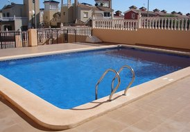 Costa Blanca South, 2nd Floor 2 Bed Apartment, Near Villamartin