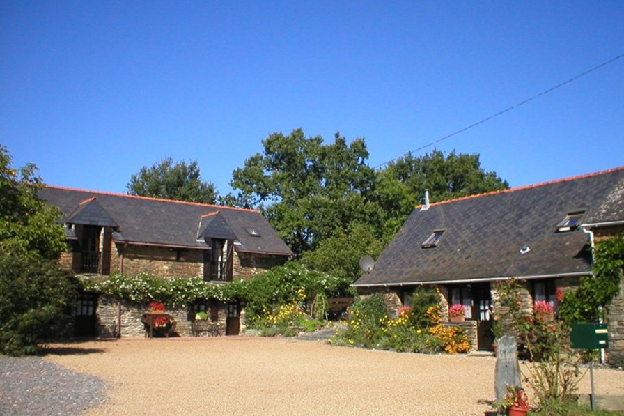 Cottage in France, Massérac