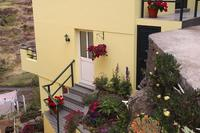 Cottage in Portugal, Calheta: Palheiro Cottage