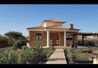 3 bedroom Villa for rent in Triquivijate