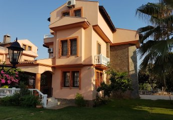 5 bedroom Villa for rent in Calis Beach
