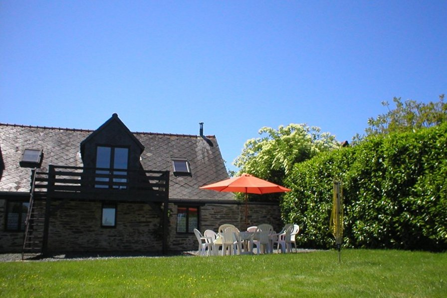 Cottage in France, Massérac