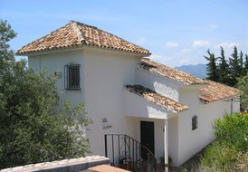 Peaceful villa set on mountainside outside Mijas