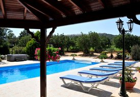Villa Chariklia, high quality villa with beautiful sea views