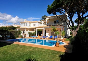 0 bedroom Villa for rent in Vilamoura