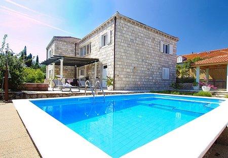 Villa in Komaji, Croatia