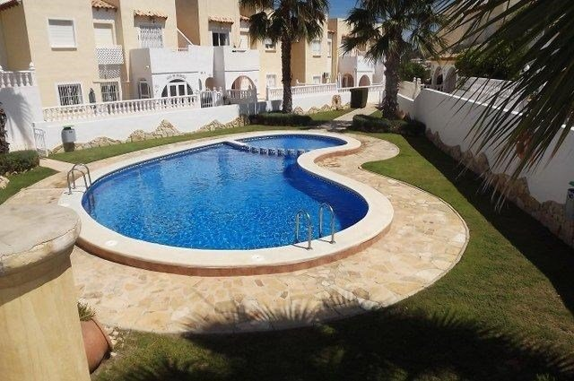 House in Spain, Las Filipinas: Pool Area