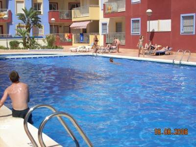 Apartment in Spain, Puerto de Mazarron: The 25 metre pool is rarely crowded